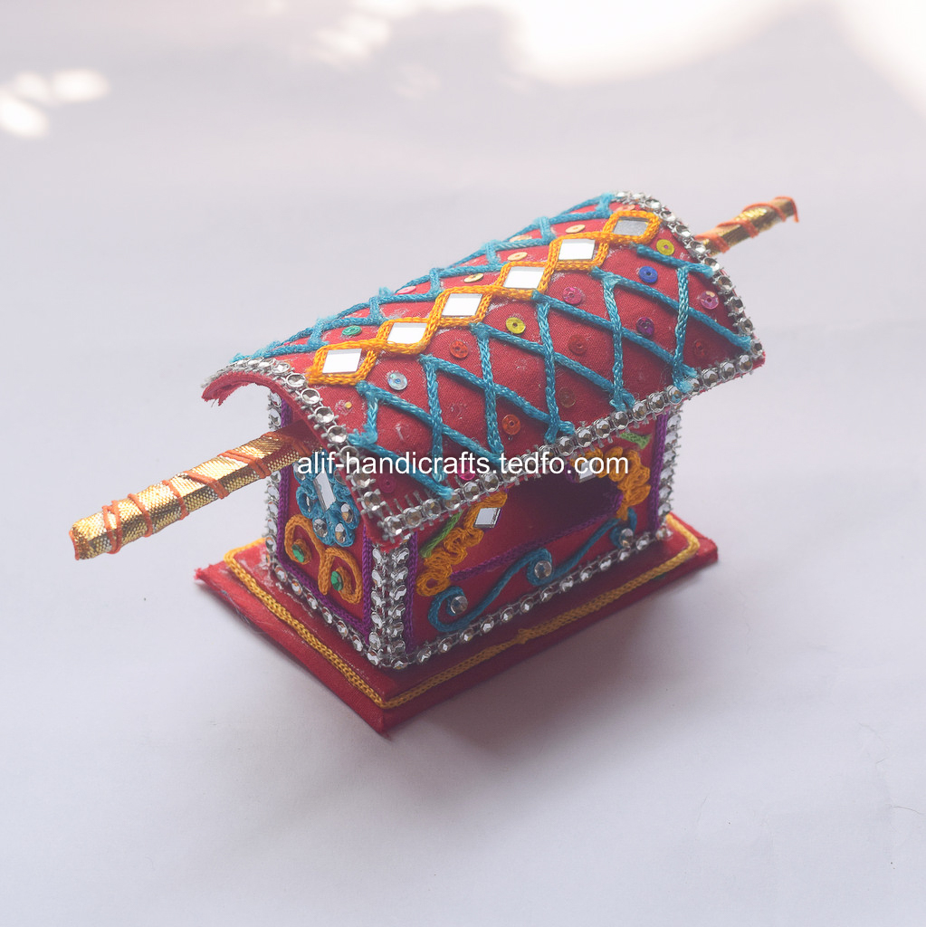 Handicrafts Palki Showpiece